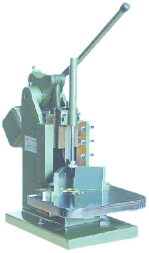 Leach Manual Round Cornering Machine